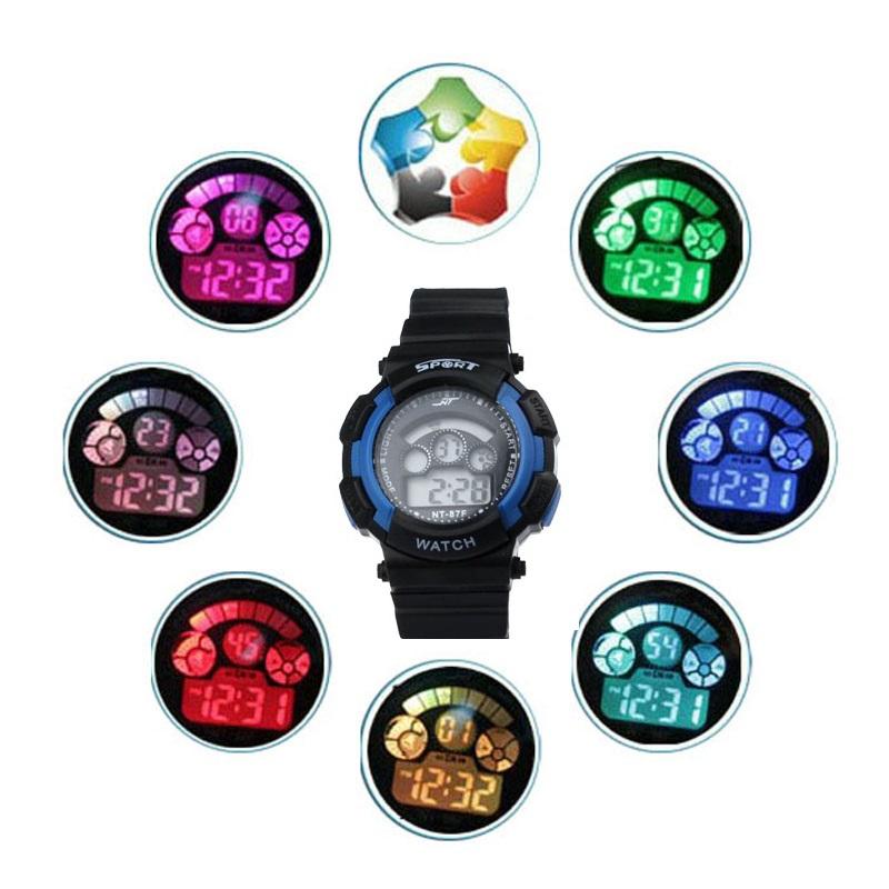 Zanimivost: večbarvno osvetljen LED ekran